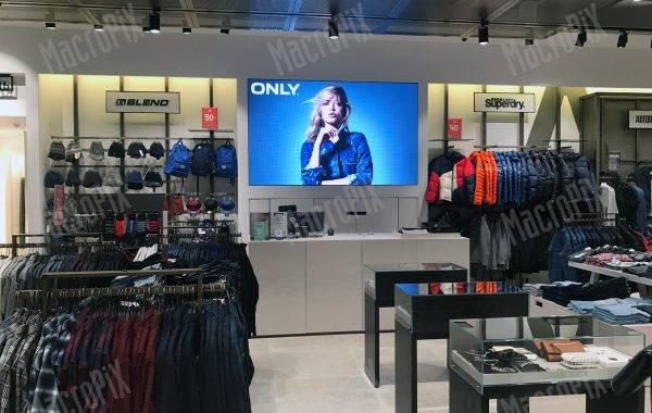schermo led negozio