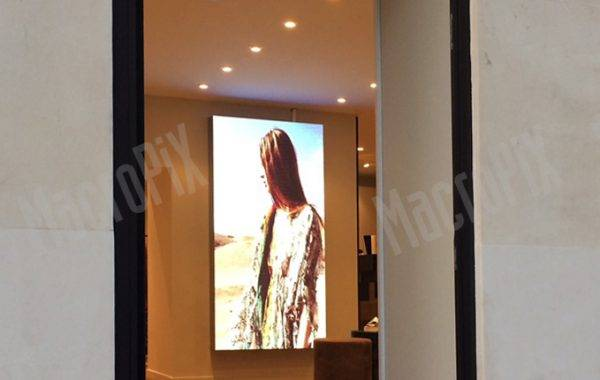 led display paris shop