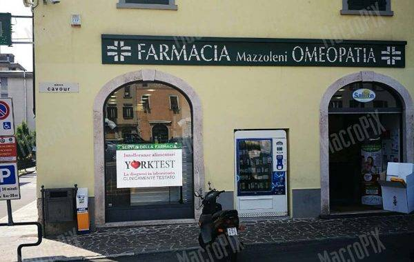 led display per farmacie Mazzoleni