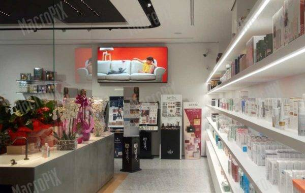 Ledscreen Farmacia Roma
