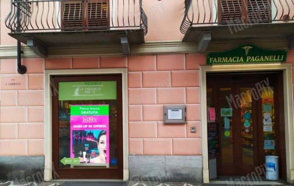 Schermi a led per vetrina farmacia | Paganelli