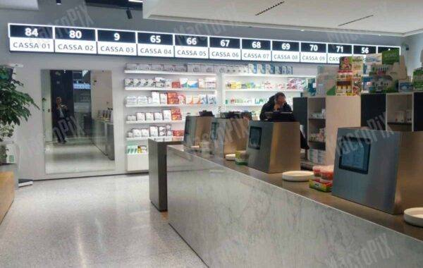 schermi per farmacie - indoor